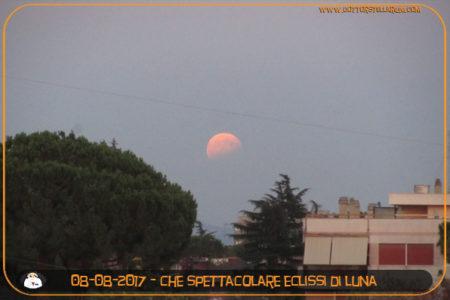 Che spettacolare eclissi di luna